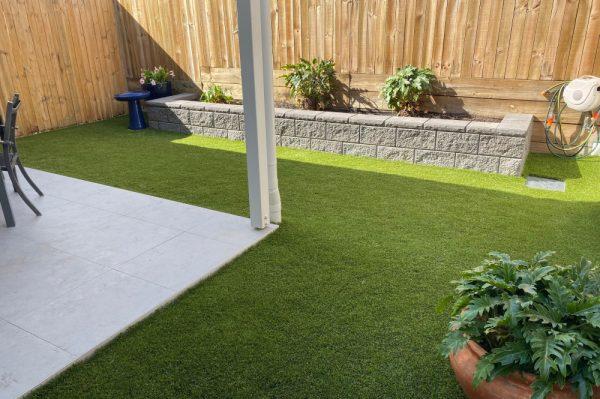 hnl-fencing-retaining-wall-turf